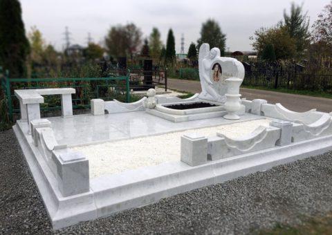 Ремонт памятников из мрамора
